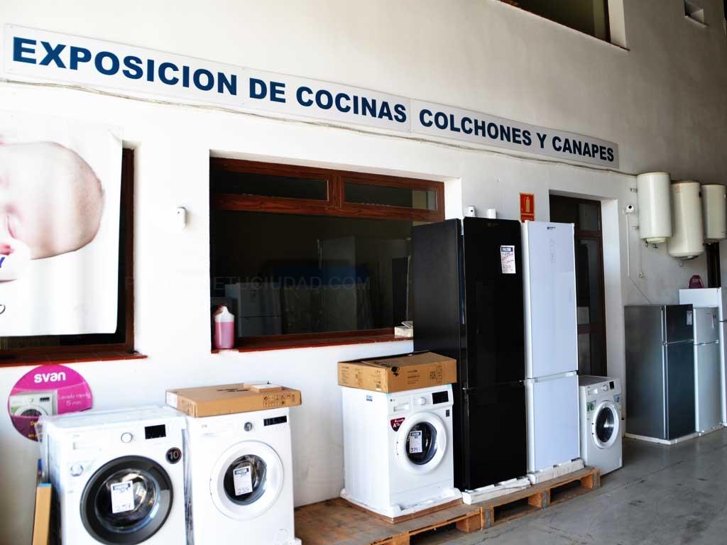 Galeria de fotos fotografia 1 2 dh factori tiendas de - Empresas en dos hermanas ...