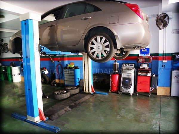 distribución de coches en dos hermanas