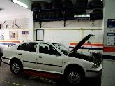 mecanicos de coches en dos hermanas,  taller mecanico en dos hermanas