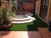 jardines de césped artificial en sevilla