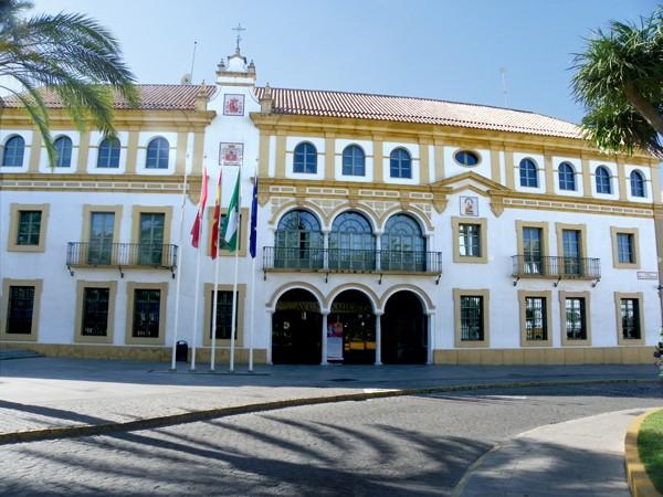 Casas consistoriales monumentos inter s casco urb - Empresas en dos hermanas ...