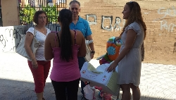 El Partido Popular empieza en los Montecillos su recorrido para detectar las deficiencias de los barrios de Dos Hermanas
