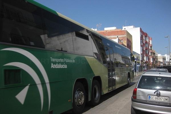 Los usuarios de la tarjeta del Consorcio de Transportes de Sevilla podrán alquilar vehículos eléctricos por horas
