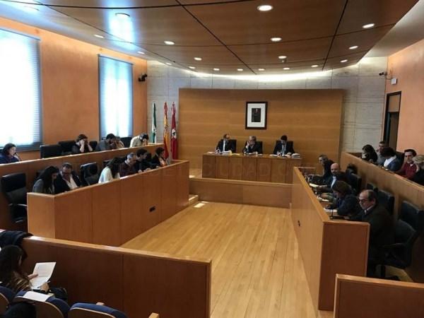 El Ayuntamiento aprueba una Declaración Institucional en defensa del colectivo LGTBI