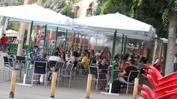 Casi un 40% de las actas levantadas a bares de la Alameda son por veladores