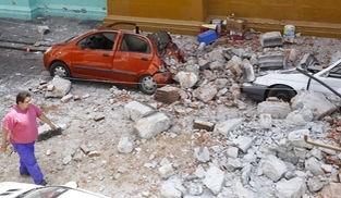 Más de 140 muertos tras un fuerte terremoto de 7,1 grados en México
