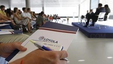 OTORGADAS 12 BECAS A JOVENES NAZARENOS PARA ESTUDIAR EN LA UNIVERSIDAD LOYOLA