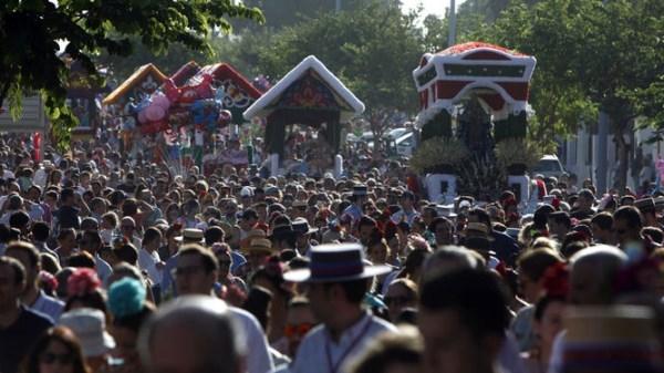 Miles de fieles con la Virgen de Valme