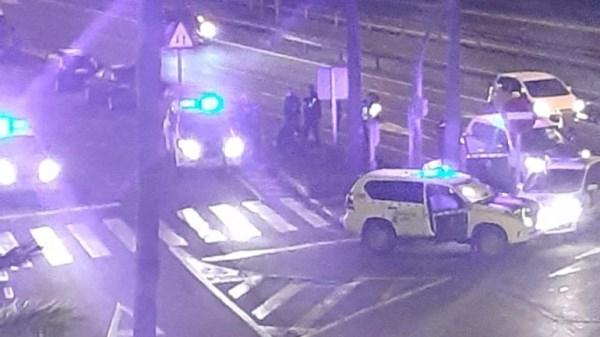 Tres detenidos tras una persecución policial con disparos que finalizó en Montequinto