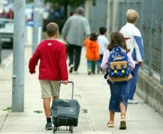 Seis de cada diez extremeños con hijos, preocupado por no poder hacer frente a la vuelta al colegio