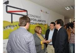 """La presidenta de la Diputación propone un """"pacto político y social contra el despoblamiento rural en España"""""""
