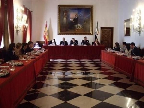 Diputación de Cáceres adelanta a este año el acondicionamiento de nueve vías