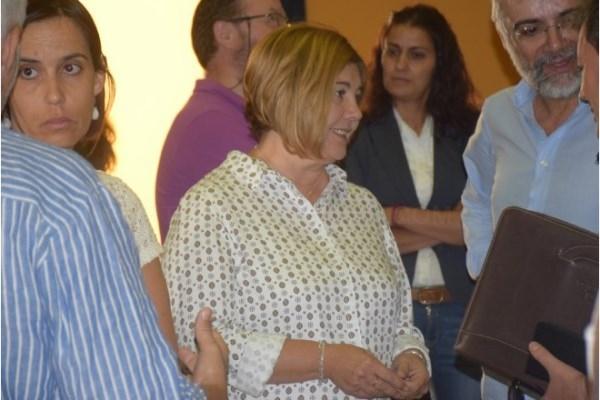 La Presidenta de la Diputación acerca el nuevo servicio de Asesoramiento a Municipios a los territorios