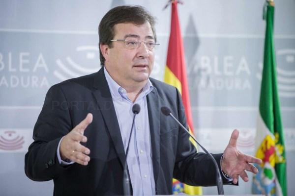 Vara, ha presentado este miércoles en la Asamblea autonómica la Propuesta de Ley Extremeña de Grandes Instalaciones de Ocio.