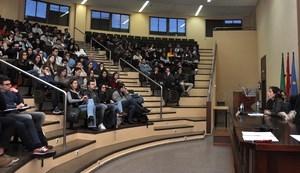 Cerca de 450 estudiantes de la UEx realizarán el programa ERASMUS+ el próximo curso.