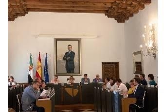 La Diputación celebra pleno en el que se regulariza la situación del Diputado no adscrito.
