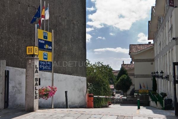 Hostal La Salle - Albergue Turístico La Salle
