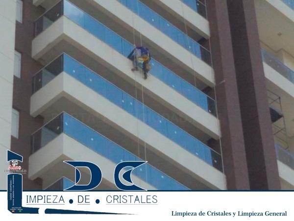 EMPRESA DE LIMPIEZA EN SANTIAGO, LDC
