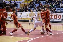 EL Santiago Futsal invita a los jugadores de la ciudad a ver el derbi gallego