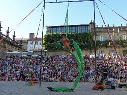 'Circo á gorra'  llega hoy a las plazas de Santiago