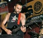 ENTREVISTA CO VOCALISTA DA BANDA DE ROCK, FORRAJE
