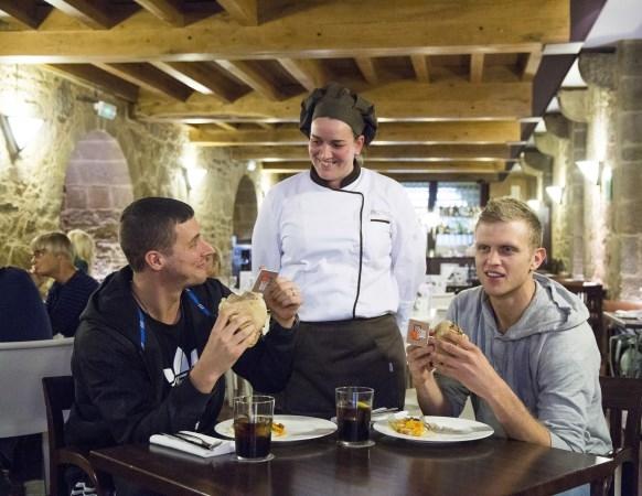 Nace la Hamburguesa Gourmet Obradoiro