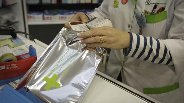 Denuncian que a finales de noviembre ya no habrá vacuna de Meningitis B en las farmacias