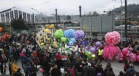 Los Reyes Magos llegarán mañana a Santiago en tren