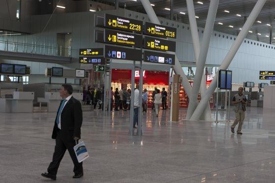 El aeropuerto de Santiago pierde la ruta a Dusseldorf y a Munich
