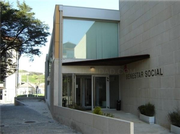 Prazas de psicólogo e educador familiar para o concello de Santiago