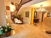 Alquiler de oficinas y despachos, Agencias inmobiliarias, venta y alquiler de pisos, casas, chalets, locales y fincas rusticas