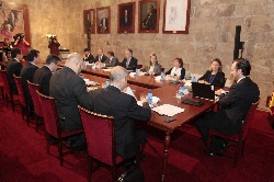 El Gobierno liquidará en esta legislatura la deuda con los consells insulars