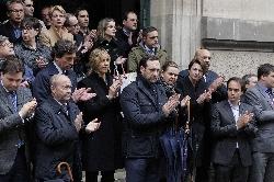 Minuto de silencio en memoria de las víctimas del accidente aéreo ocurrido en los Alpes