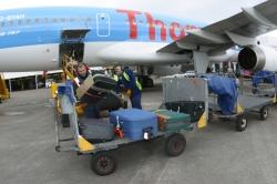 UGT denuncia la precarización absoluta de los trabajadores de handling de los aeropuertos de Baleares