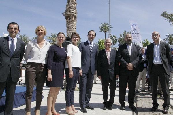 El presidente José Ramón Bauzá destaca la fidelidad de las empresas náuticas y el volumen de negocio que se genera en el XXXII Salón Náutico de Palma