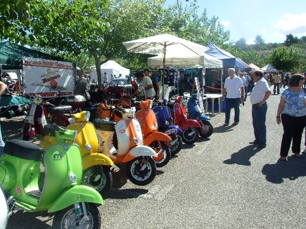 Decimocuarta Feria Motor Retro