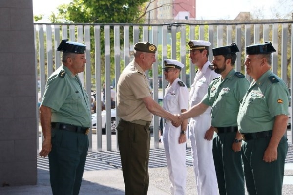 La Guardia Civil recibe la visita del Comandante General de Baleares