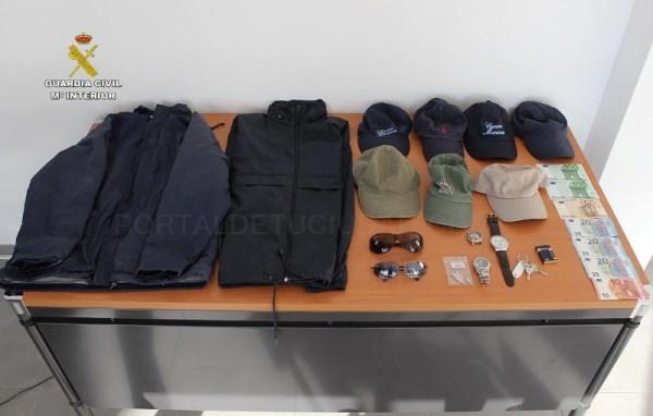 La Guardia Civil detiene a un hombre como presunto autor de varios delitos de robo con fuerza en la localidad de Camp de Mar.