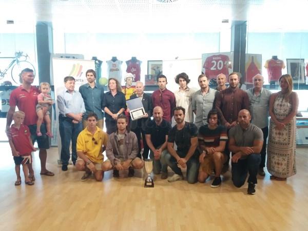 EL ESPAñA HOQUEY CLUB RECIBE UN RECONOCIMIENTO DE LA CONSELLERIA