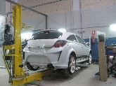 Reparación de golpes de automóviles,  Sustitución de lunas