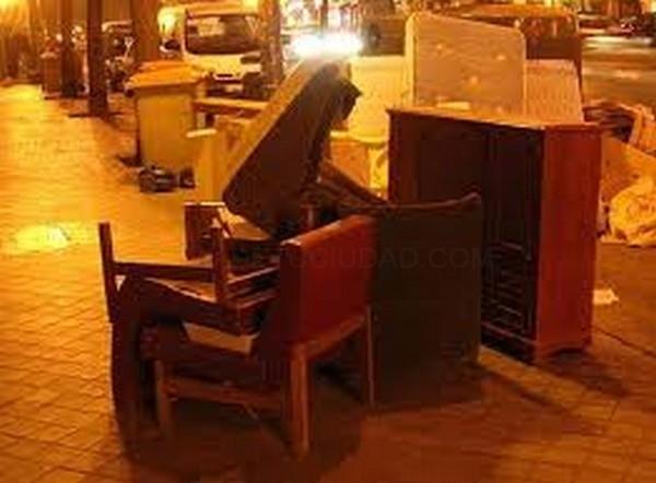 la recogida de muebles y trastos viejos los lunes a