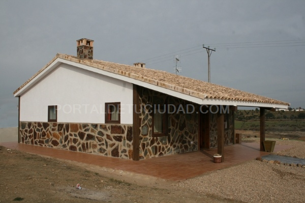 Galeria de fotos viviendas r sticas de hormig n modular for Casas de hormigon asturias