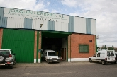 Tienda especializada en animales de compañía y alimentación animal (Formax,  Triple Crowm)  • Jardi