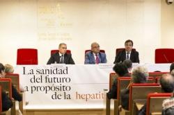 Fernández Vara manifiesta su preocupación por la sostenibilidad del sistema sanitario