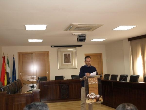 Presentación en el Salón de Plenos del Ayuntamiento la primera edición del Salón Ibérico del Caballo