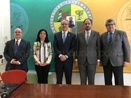 La Universidad de Extremadura y la Sociedad Española de Médicos de Atención Primaria (SEMERGEN) han renovado esta mañana el convenio de colaboración .