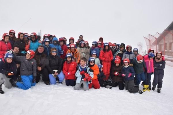 """El programa """"Deportes de Invierno"""" de la Diputación arranca como un instrumento para la igualdad de niños y niñas cacereños"""