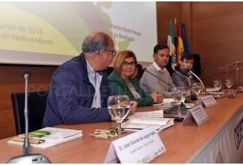Rosario Cordero señala a las administraciones locales como garantes para avanzar en desarrollo sostenible y un mundo más justo.