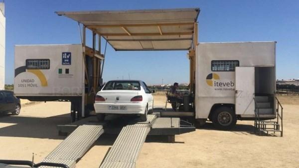 Transportes habilitará, desde la próxima semana, una ITV móvil en la localidad cacereña de Calzadilla.