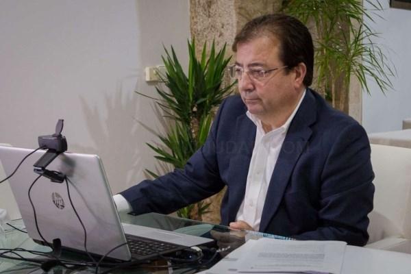 Fernández Vara resalta en FICON la necesidad de desarrollar proyectos que tengan un impacto directo en el PIB y en el empleo